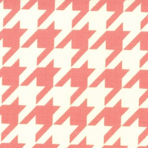Vintage Modern 55042-14 Melon Houndstooth by Bonnie & Camille for Moda