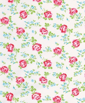 Sugar Hill OCTW001 White Scattered Roses Laminated Cotton
