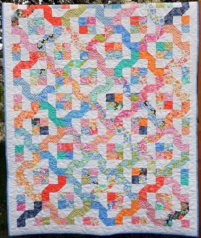 Winding Nine Patch Quilt Pattern by Little Louise Designs
