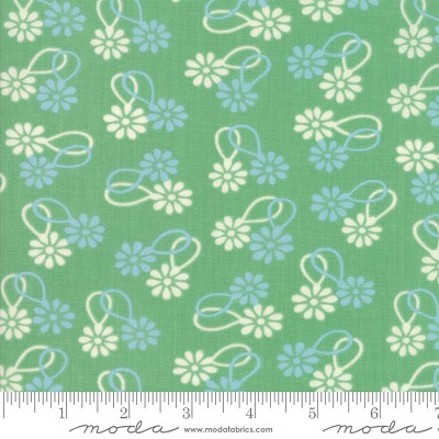 Cheeky 31141-15 Stem Daisy Chain by Urban Chiks for Moda