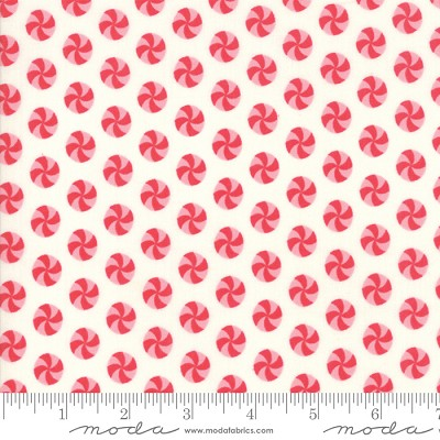 Sweet Christmas 31154-11 Marzipan Peppermint Polka Dot by Moda