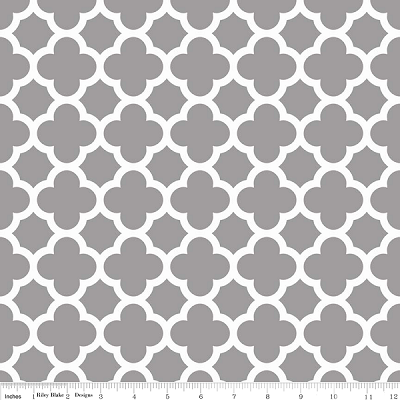 Quatrefoil C435-40 Gray by Riley Blake